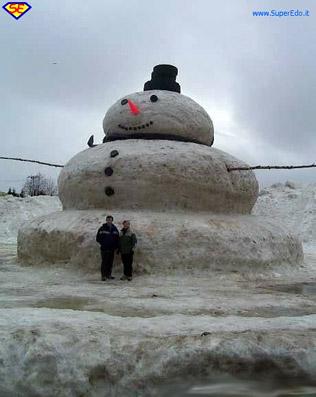"Pupazzo di neve...gigante! - da ""www.superedo.it"""