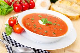 zuppa-di-pomodoro-e-bacche-di-goji