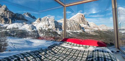 Rifugio Col Gallina, Cortina, Starlight room Dolomites 360°, 550 euro a notte con cena e colazione
