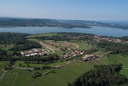 1) Il Borgo di Mustonate, sul lago di Varese