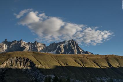 La Suche, il cui omonimo dortoir gode di vista mozzafiato sul Monte Bianco (ph. Geppo Di Mauro)