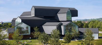 La Vitra Haus, cuore del campus, progetto di Herzog & de Meuron
