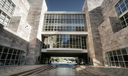 Il Centro cultural Belem di Lisbona, progetto Vittorio Gregotti e Manuel Salgado