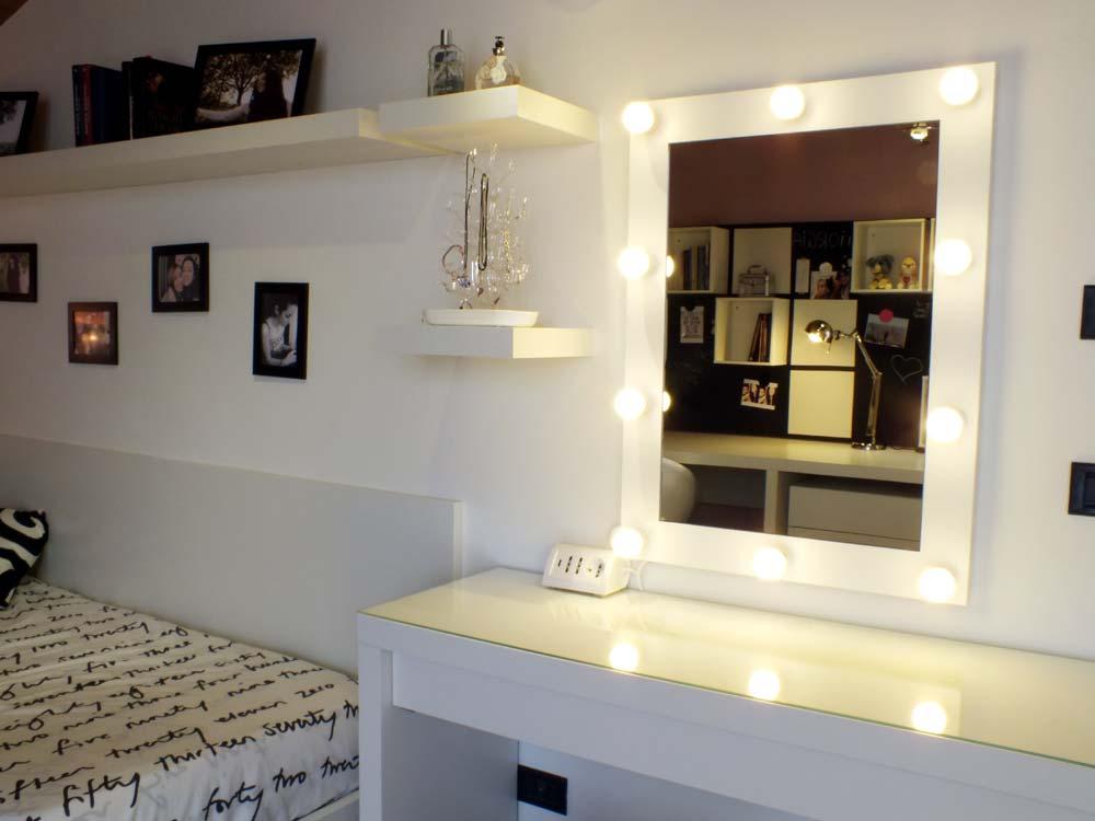 La cameretta diventa grande il progetto in una stanza - Ikea specchio trucco ...