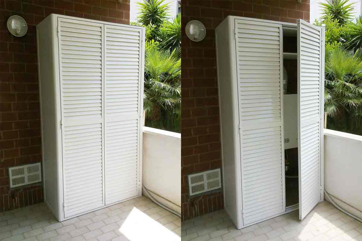 Terrazzo attrezzato il progetto in una stanza blog - Su di esso si esce da una porta finestra ...