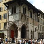 Loggia_del_bigallo_31