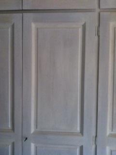 Effetto decap una nuova vita per i vostri mobili restaurando blog casa design - Dipingere vecchi mobili in legno ...