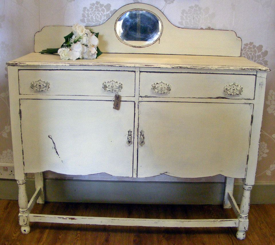 Dipingere mobili effetto shabby