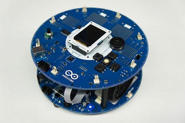 humanoides_fr_robot_arduino_pic3