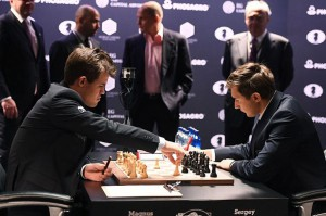 carlsen-karjakin-game1-getty-foto