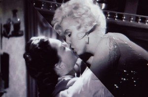 06-f-Impulse-Olivia_de_Havvilland-Marilyn_Monroe