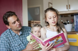 lena_granefelt-reading_children_books-919