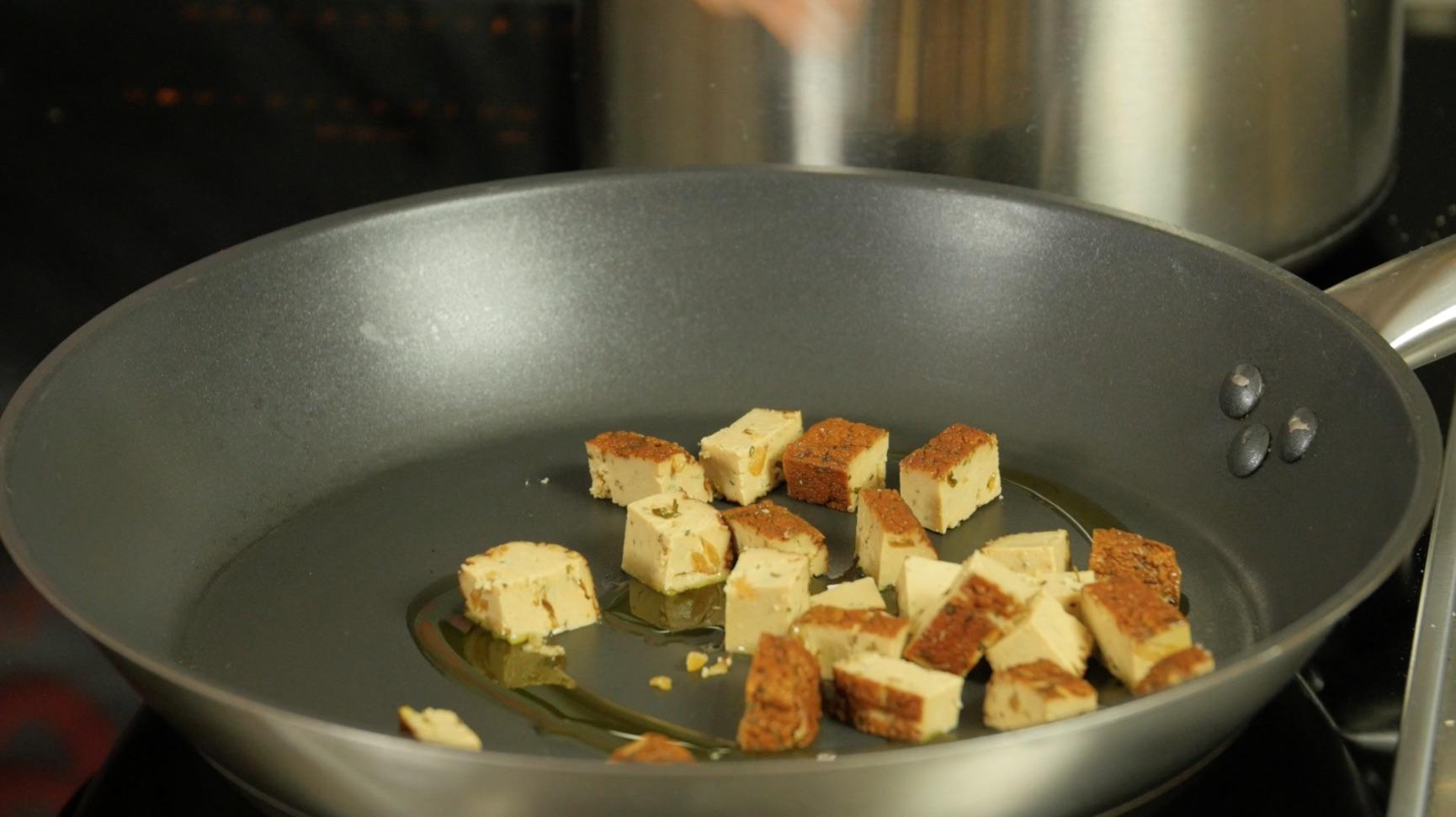 Amato La video ricetta: Polenta integrale con spezzatino di fagioli e  NR98
