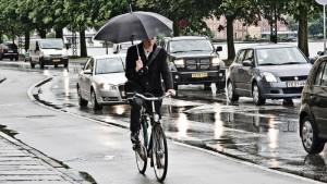 bici-sotto-la-pioggia