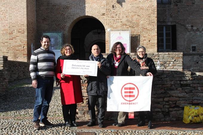 Musica in Castello 2017 consegna assegno Emergency