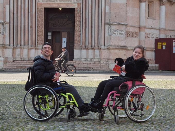 Jessica e Matteo in piazza Duomo