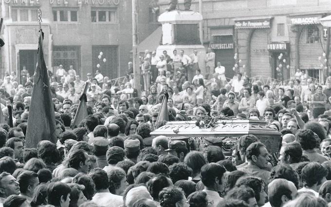Parma 28 agosto 1972 Funerali di Lupo Foto di Beppe Fontana