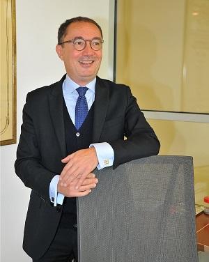 Triola, Alberto - 001