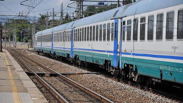 treno-129003.660x368