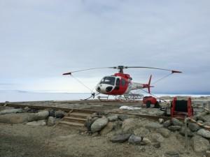 """Giorno 69 - Foto 2 degli elicotteri e del paesaggio tetro durante la passeggiata """"medica"""""""