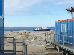 Giorno 81 - nave dei turisti in vista