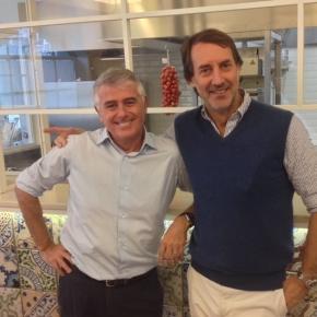 """Emanuele Bortolotti e Ferdinando Ferdinandi, i soci di Al Fresco. Garantiscono sconti per Beatles-maniaci e pubblicitari licenziati (""""esibire le prove"""")"""