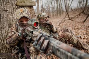 Gente armata e vestita da Rambo scorrazzerà tutto l'anno per la Toscana, rischiando di creare un nefasto precedente