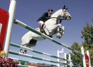 Il cavallo è il vero atleta di tutte le attività sportive che lo vedono protagonista, ma non esistono regole che ne limitino l'impegno in presenza di allerta meteo.