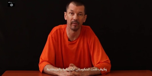 nuovo-video-isis-ostaggio-britannico-john-cantlie-lend-me-your-ears