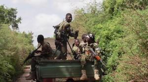 Militari somali a bordo di un pick up nella regione del Basso Shabelle