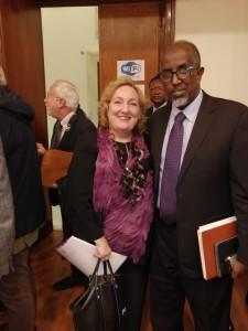La Viceministra Emanuela Claudia Del Re assieme al Rettore dell'Università Nazionale Somala Prof. Mohamed Ahmed Jimale