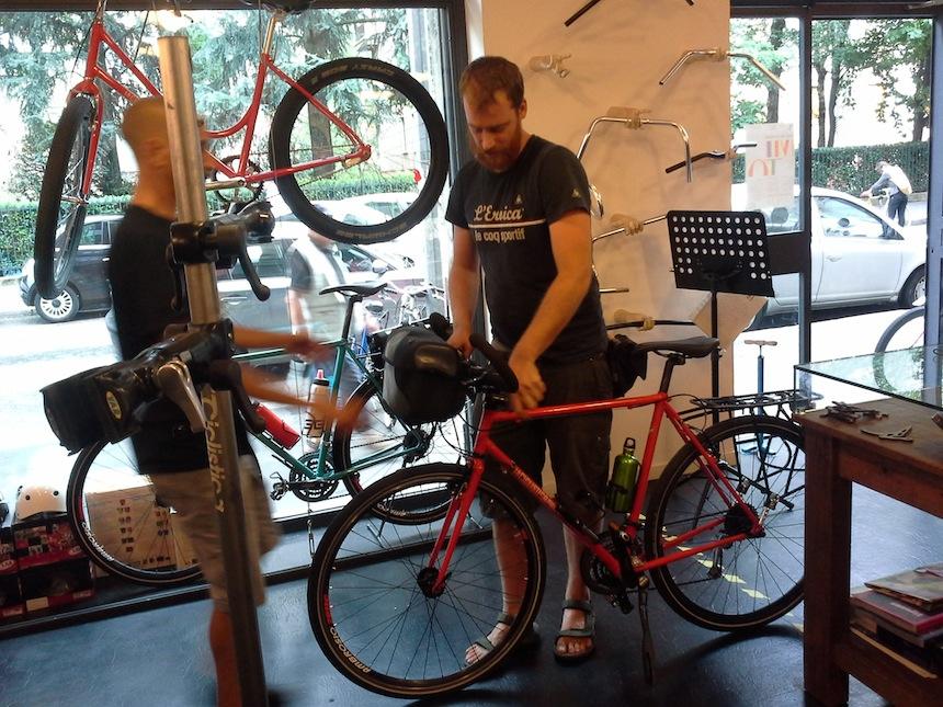 Al lavoro sulla mia bici in Via Giuseppe Pellizza da Volpedo-1