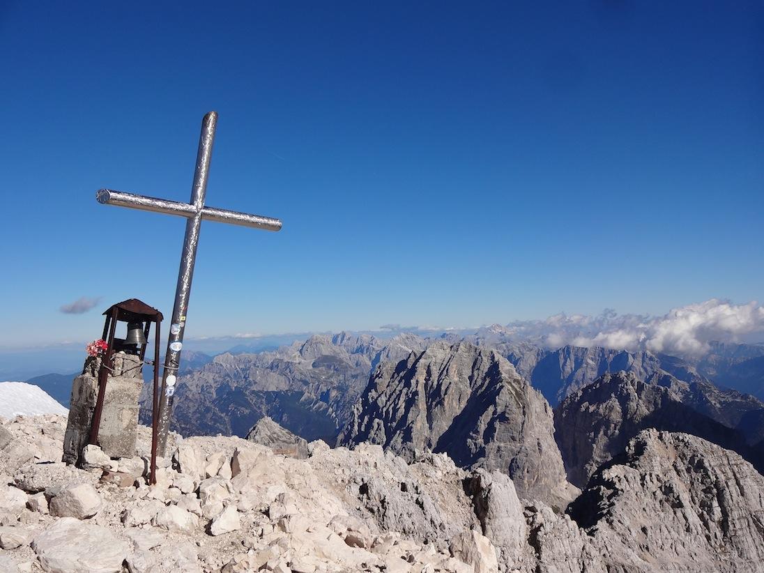La cima del Jôf di Montasio, a 2754 metri sopra il livello del mare