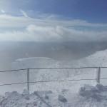 Visuale dalla cima con tempesta di neve sul Nevoso, Sneznik