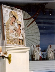 Ratinger e Madonna Odegitria