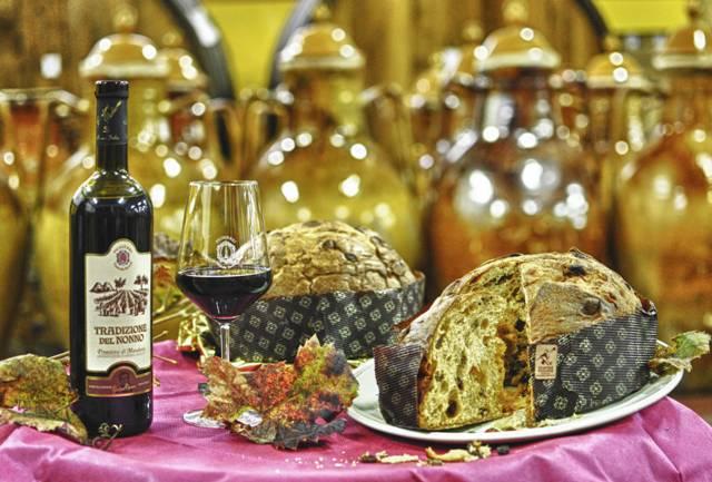 Il panettone al primitivo dell'azienda Vinicola Savese di Beppe Allegretta