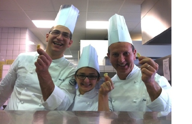 Primo premio a (da sinistra) Francesco Vitale, Daniela Palazzo e Antimo Savese