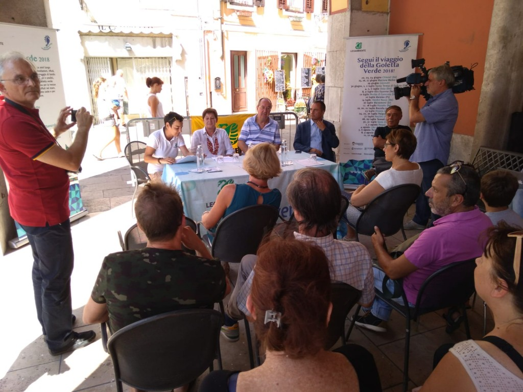 foto conferenza stampa (3)