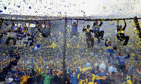 I tifosi del Boca alla Bombonera