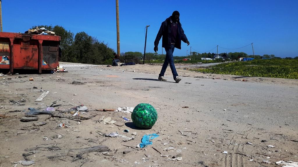 Il campo rifugiati di Calais