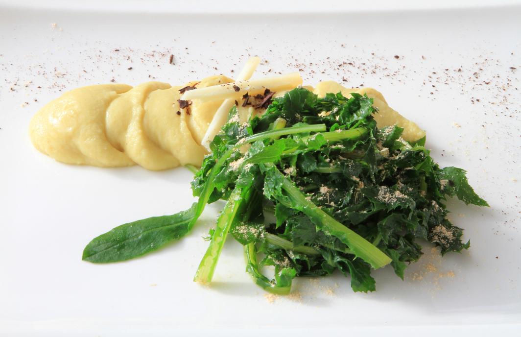 Purea di fave di Carpino e cicorielle selvatiche con pecorino farinella e cioccolato fondente (Amula cucina creativa)