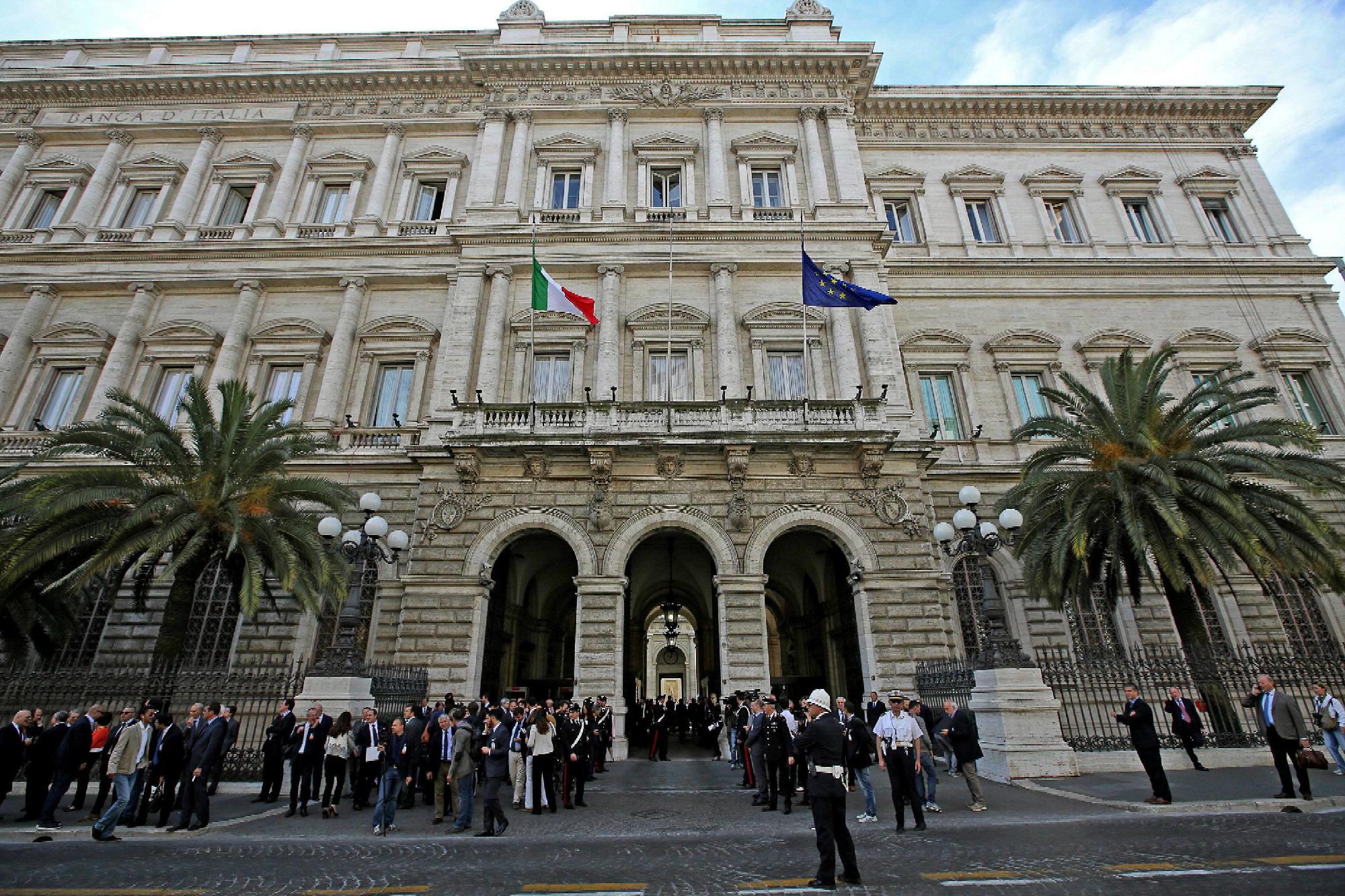Banco Di Napoli Lavoro : Il napoli di ancelotti al lavoro il luglio carlo ancelotti