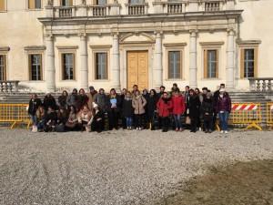 giovani volontari a Villa Manin(1)
