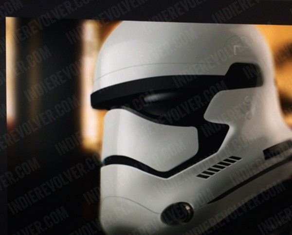 star-wars-episode-7-stormtrooper-helmet-600x483