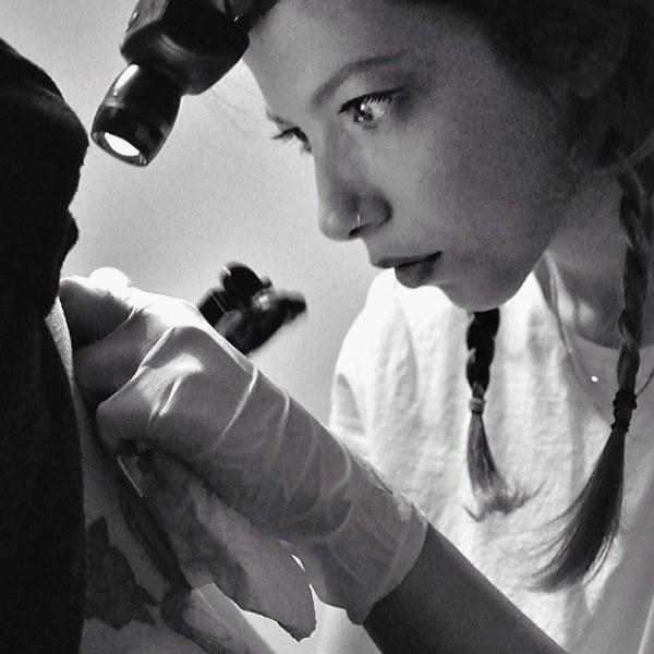 Tattoo artist turca punti e geometrie per tatuaggi d for Sinonimo di autore
