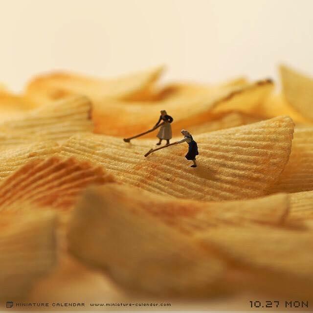 10 miniature