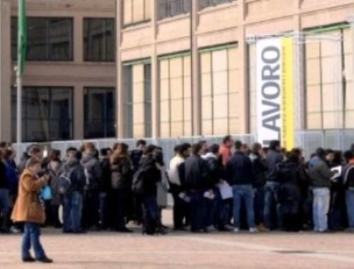 disoccupati-lavoro-italia-350x266