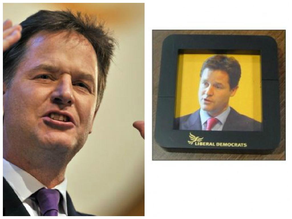 Senso orario: Nick Clegg, Liberal Democrats, e la cornice magnetica da frigo