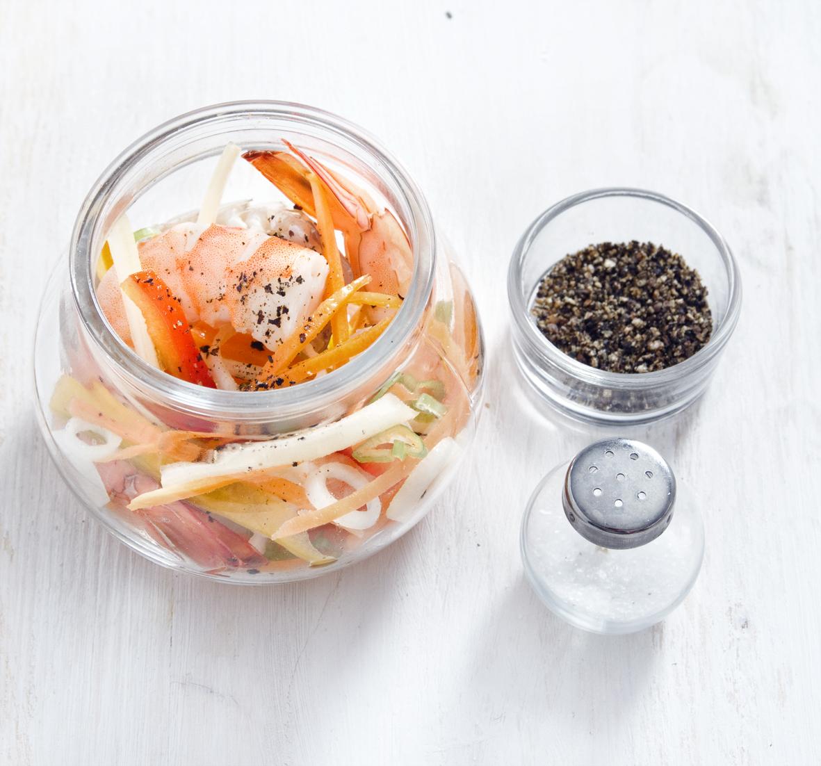 qualche idea per i vostri primi esperimenti baccal con crema di peperoni gamberi con zenzero e lime uovo cotto a bassa temperatura roastbeef aglio e