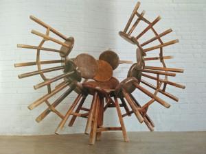 Gli sgabelli di Ai Weiwei in mostra a Firenze